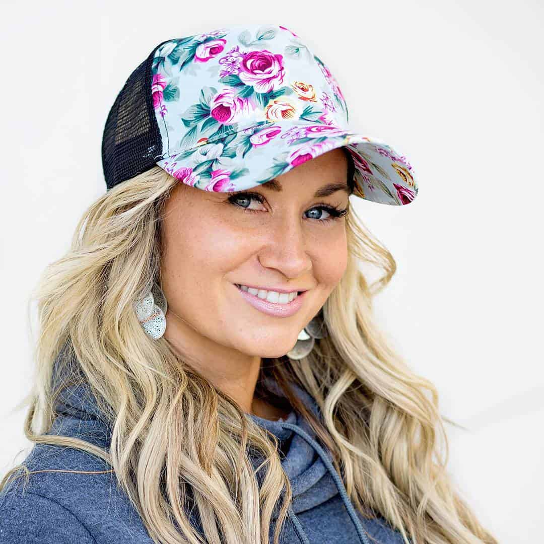 Women's Hats 2021: Spectacular Trends and Fashion Deals For Ladies Hats 2021