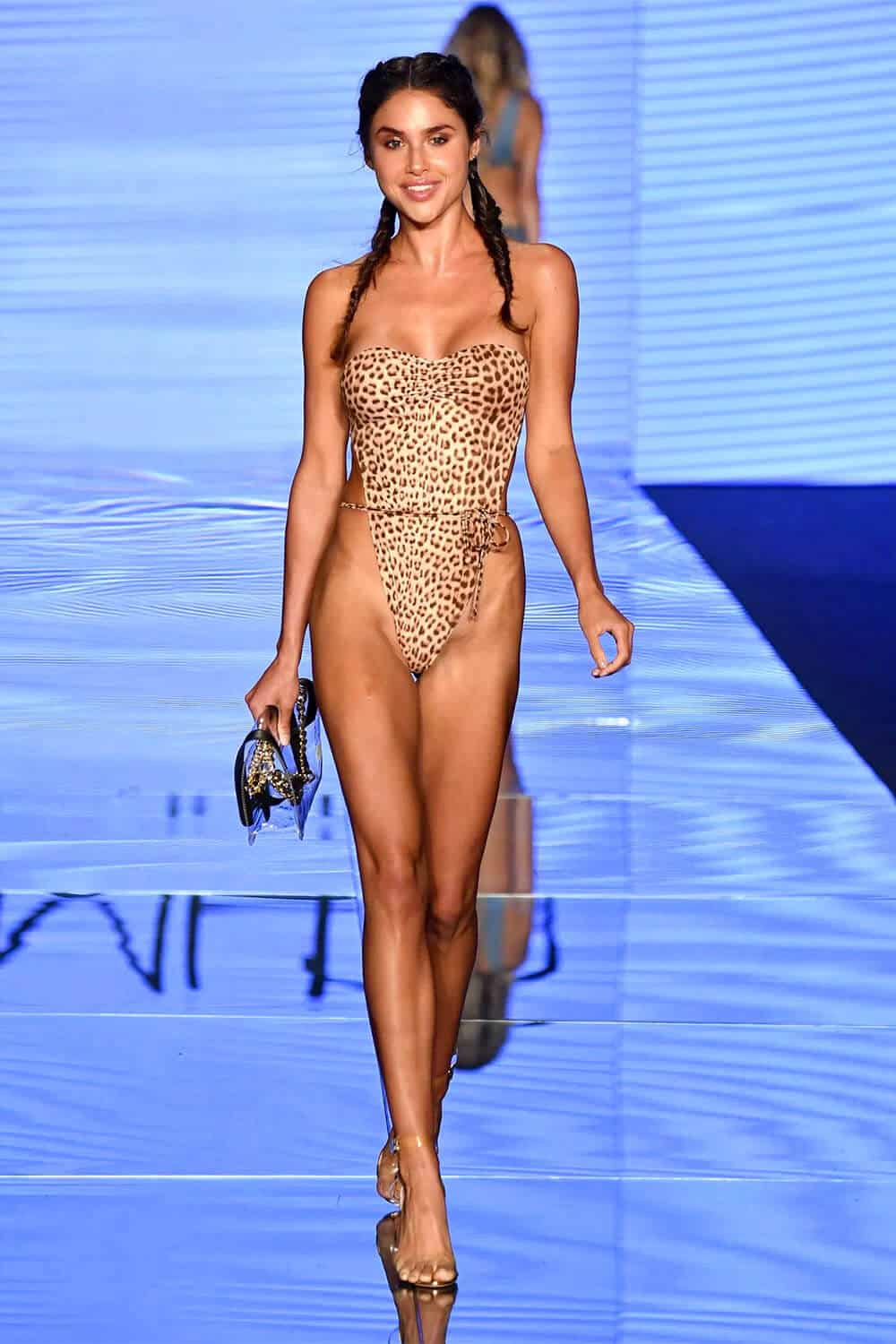 Womens Swimsuits 2021: Marvelous Trends And Ideas For Bathing Suits 2021