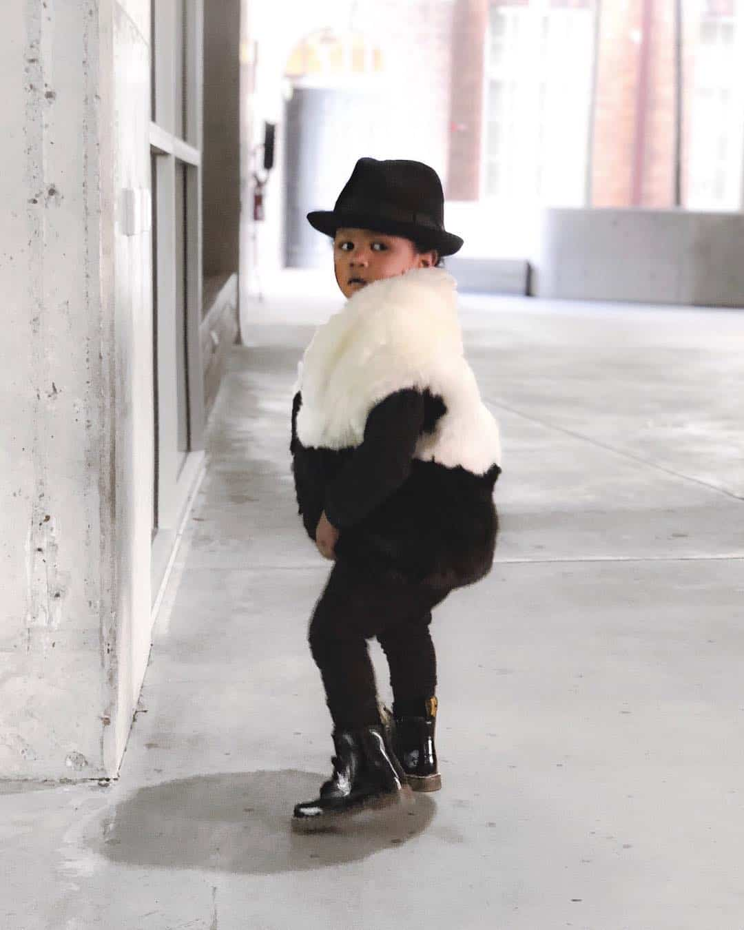 Fur insertions in kids clothes 2020