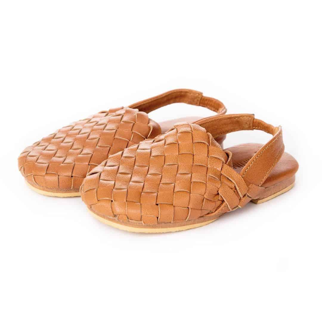 girls-shoes-2022