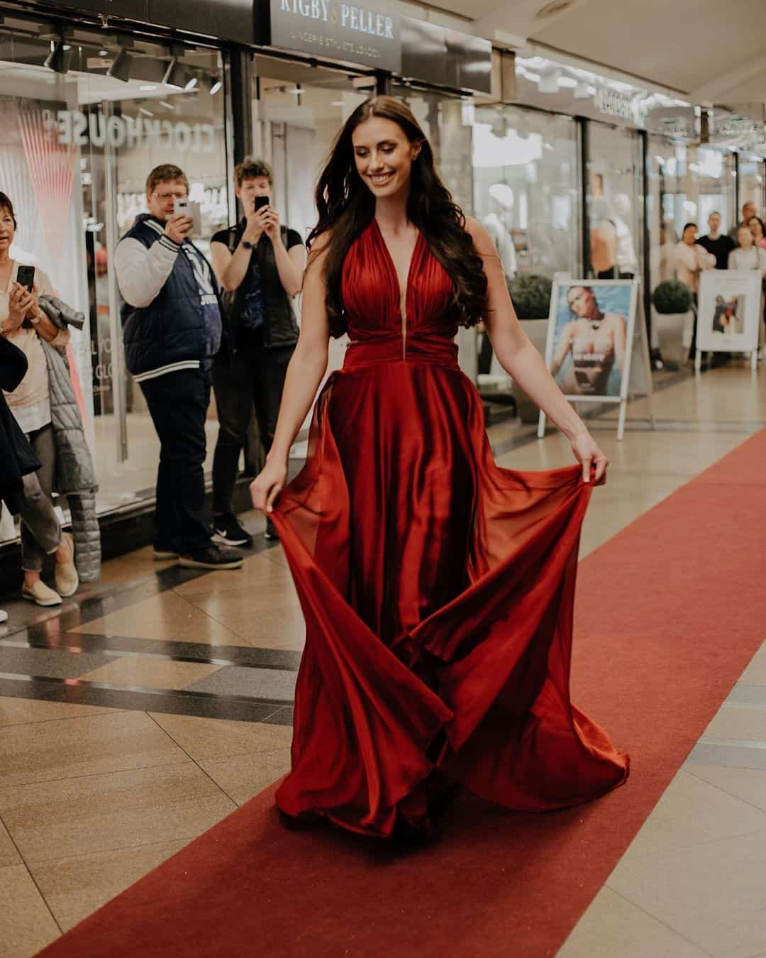evening gown trends 2020