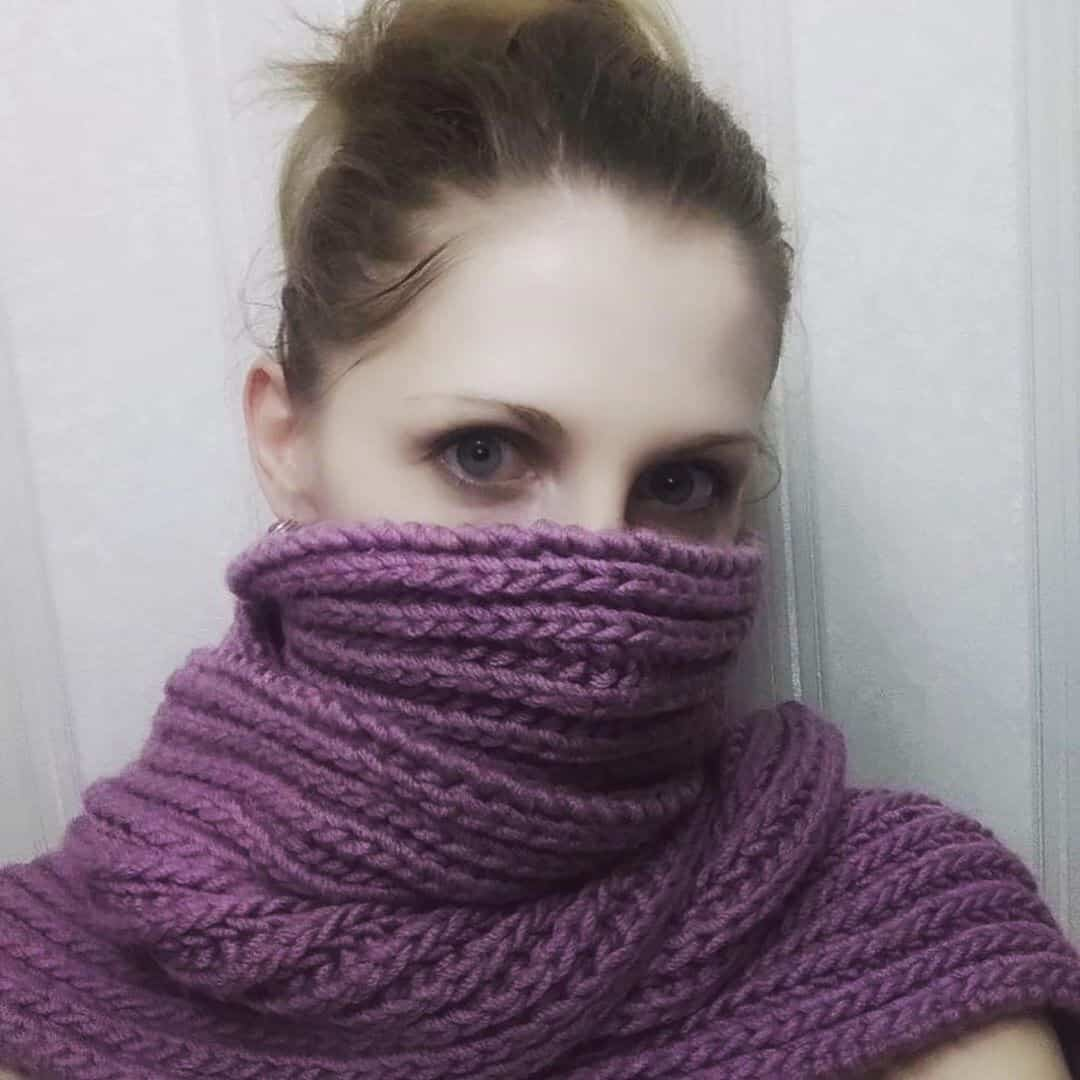 Knitted scarves 2022
