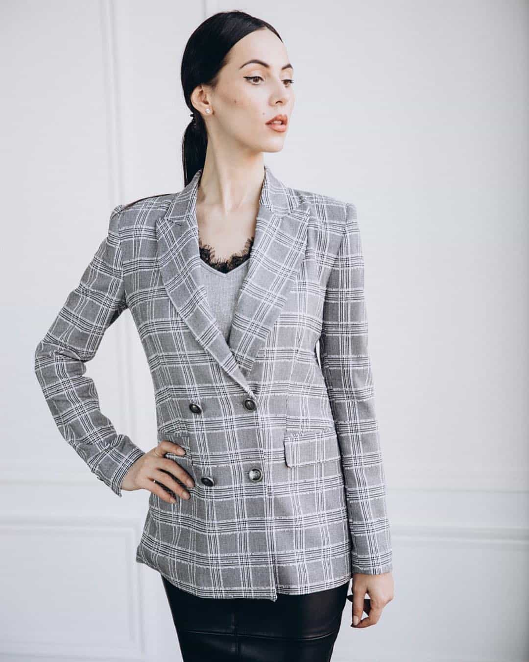 womens-blazers-2022